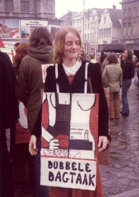 Dolle Mina tijdens de 1 mei-stoet in Gent, 1977 (collectie Greta Craeymeersch)