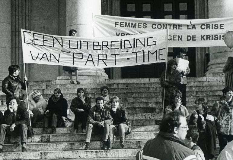 Actie tegen de crisismaatregelen (foto Riet Lacres, detail)