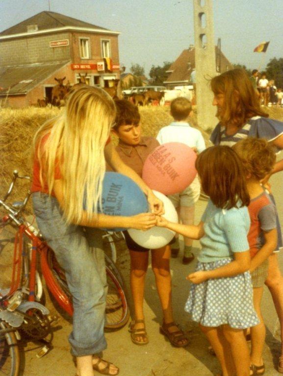 Fietstocht van Dolle Mina voor contraceptie, 28 augustus 1976 (collectie Greta Craeymeersch)
