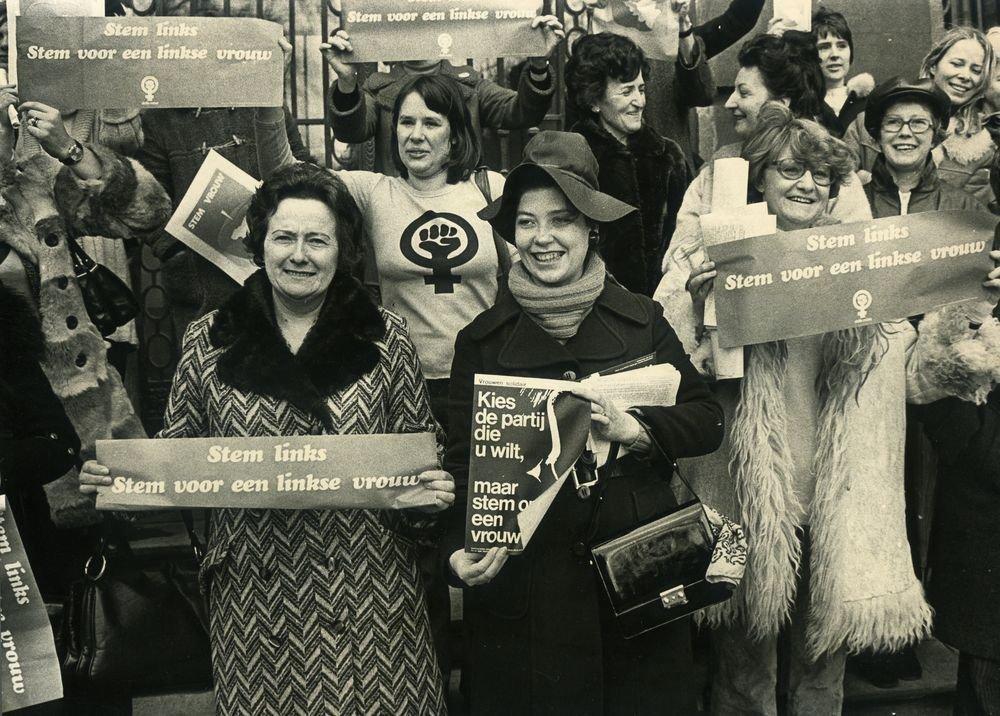 Stem Vrouw-actie van verschillende feministische groepen, 1974 (collectie AVG-Carhif)